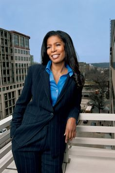 """Judy Smith - The """"real"""" Olivia Pope (minus the presidential scandal of course LOL)"""