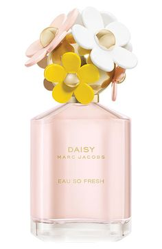 MARC JACOBS 'Daisy Eau So Fresh' Eau de Toilette Exhilarating. Bubbly. Playful. Daisy Eau So Fresh is a reinterpretation of Daisy: more fruity, more bubbly, more fun! It transports you to a place that is exhilarating, happy and sunny.    Top notes: natural raspberry, grapefruit, pear. Mid notes: violet, wild rose, apple blossom. Base notes: musks, cedar wood, plum.