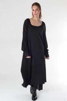 Nelly Johannson Winter 2015/16 #nelly #nellyjohannson #fashion #selectmode #selectmodeonline #oversize #dress #black