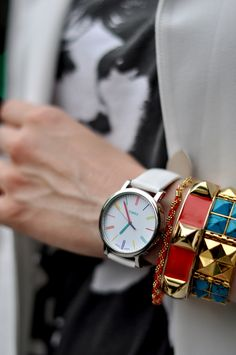 arm candy - love this Timex watch! Eat Sleep Wear, Streetwear, Piercings, Jewelry Accessories, Fashion Accessories, The Bling Ring, Timex Watches, Arm Party, Swagg