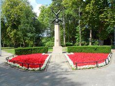 Poolse Ere monument aan Wilhelminapark in Breda.