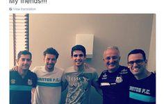 BLOG: De folga no Chelsea, Oscar visita o Santos antes de partida contra o Rio Claro  http://santosjogafutebolarte.comunidades.net/seu-placar-de-rio-claro-x-santos