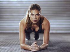 """Einfach, aber effektiv: """"Planking"""" trainiert die Muskeln am Bauch, Taille und Rücken, strafft den Body und lässt Fettpölsterchen am Bauch verschwinden"""