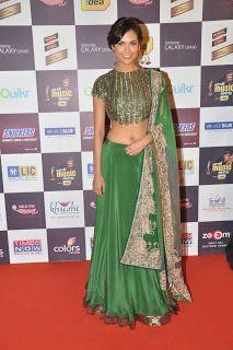Esha Gupta at The 5th Mirchi Music Awards.