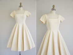 vintage 1950s dress / 50s cream cull cupcake by simplicityisbliss
