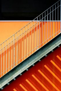 The grid is a fascinating part of American architecture as we know it and make for some unique photo opportunities- OOKIOH is all about it! Architecture lines grid clean modern clean lines modern architecture grid lines bright bright colors Minimal Photography, Artistic Photography, Amazing Photography, Art Photography, Urban Architecture, Architecture Details, Orange Architecture, Photo Deco, Orange Aesthetic