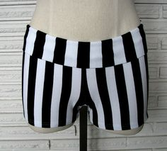 Shorts designed for your aerial workout. Perfect for that second layer over tights or leggings to protect your legs on the rope and silks. Constructed of nylon/spandex in black and white vertical stripes. Comfortable fabric waistband that can be w. Dance Outfits, Sport Outfits, Girl Outfits, Aerial Costume, Dance Shorts, Striped Shorts, Dance Costumes, Dance Wear, Gym Shorts Womens