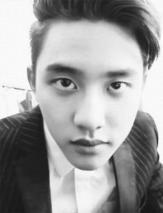 D.O's eyes are killing me >.< <3 <3 <3 <3 <3 Aigoo D.O. looking amazing as always:)<3