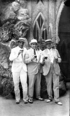 This picture represents the time period. In this book mobsters were known all around. Gatsby was known to be a bootlegger.