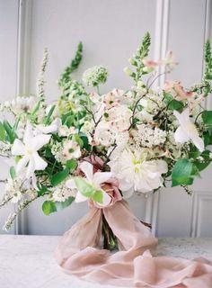 #bridalbouquet #weddingflowers #fineartflowers