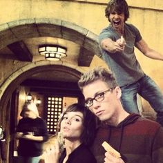 Eric Christian Olsen, Renée Felice Smith and Barrett Foa-ncis la behind the scenes love it!