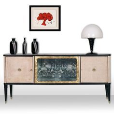 Art decò, design, vintage, sideboard... read more: http://mobiliartdeco.blogspot.it/2012/05/credenza-art-deco-radica-bianca-nera-e.html