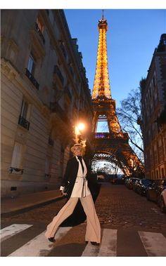 Όλες οι street style εμφανίσεις από το Μιλάνο και το Παρίσι για τις Έλενα και η Έντζη Γαλύφα a.k.a. Cool Ur Style.