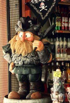 Perfect dwarf in San Marino, Italy. Around The Corner, Dwarf, Travelling, Italy, San, Wreaths, Halloween, House, Decor