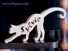Sculpture bois Chat 3 prénom personnalisable (chantournage) : Sculptures, gravures, statues par yann-chantournage