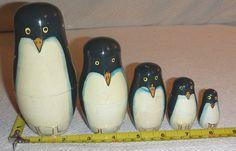 5 Piece Set PENGUIN Wood Hand-Painted Nesting (Matryoshka Type) Dolls - Estate #Unbranded