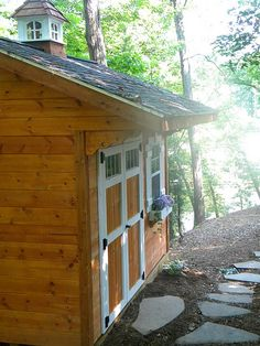 shed; like the double doors and window, with heat vent