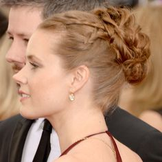 Hair How To: Amy Adams' 90s style plaited updo at the Golden Globes - Beauty & Hair News - handbag.com