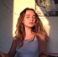 Aesthetic Photo, Aesthetic Girl, Pretty People, Beautiful People, Western Girl, Fake Girls, Insta Photo Ideas, Grunge Hair, Tumblr Girls