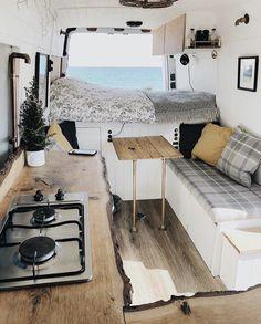 Clever Tiny House Interior Design Ideas « Home Decoration - Wohnwagen Interior Design Minimalist, Modern Interior, Diy Van Interior, Small Camper Interior, Luxury Interior, Camping Car Sprinter, Van Life, Interior Trailer, Airstream Interior