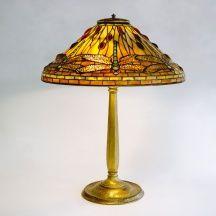 Quittenbaum Art Auctions Munich | L. C. Tiffany, New York, flower goblet, Paperweight-Vase, Tiffany Studios, table light 'Dragonfly' | Highlights Auction 123 | 17./18.11.2015 | Art Nouveau - Art Déco