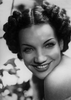 Carmen Miranda, how lovely she was even without fruit on her head