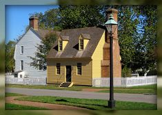 Colonial Williamsburg Houses | Orrell House and Kitchen, Colonial Williamsburg, Williamsburg ...