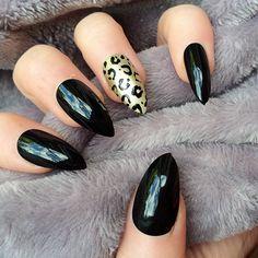 Doobys Ring Finger Stiletto Gold Leopard - 24 Black Gloss Gel Effect Hand Painted False Stiletto Nails