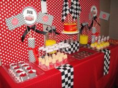 Decoração festa infantil Carros - Disney - Fazendo Festa