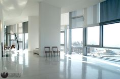 For wide windows, consider using different colors for automated Roller Shades, the design in the photo is by the famous architect Mr. Window Treatments, Interior Windows, Floor To Ceiling Windows, Shades Blinds, Windows, Interior, Home Decor, Custom Windows, Custom Window Treatments