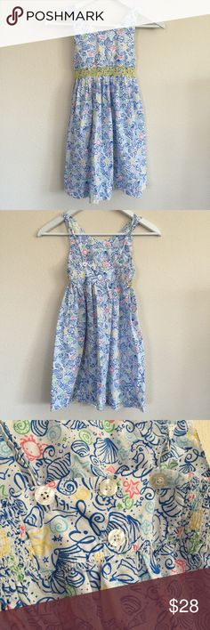 Girl's Lilly Pulitzer Dress (Size 7) Girl's Lilly Pulitzer Dress in size 7. Smoke and pet free home. Hope you enjoy! 😍 Seashells and crabs! Lilly Pulitzer Dresses Casual