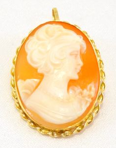 14kt Solid Gold Vintage Cameo Pin Pendant Brooch Beautiful Detail Free Shipping