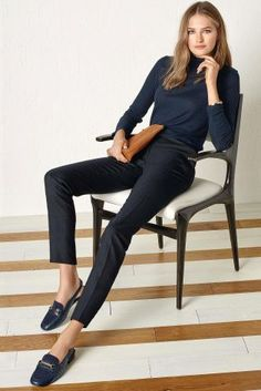 Can a girl ever wear too much navy? We think not! Add a pop of tan to bring it back up to date for autumn/winter.