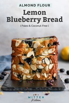This gluten free easy quick bread recipe is going to be your new favorite. It's seriously the best – it tastes like a lemon blueberry p Paleo Dessert, Dessert Sans Gluten, Gluten Free Desserts, Quick Bread Recipes, Baking Recipes, Paleo Cake Recipes, Healthy Recipes, Chili Recipes, Cheese Recipes