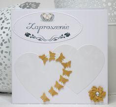 Kartka zaproszenie ślubne o wymiarach 13,5x13,5 z serduszkami.
