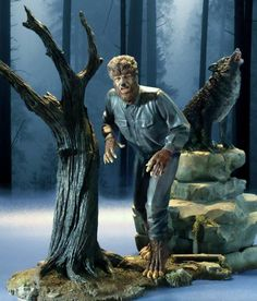 Revell The Wolf Man - Beautiful Scale Model, Great Photo.