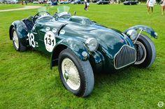 #Allard #J2 à #Chantilly Arts et Elégance. Reportage complet : http://newsdanciennes.com/2015/09/07/grand-format-chantilly-arts-et-elegance/ #Classic_Cars #Vintage #Cars #Voiture #Ancienne