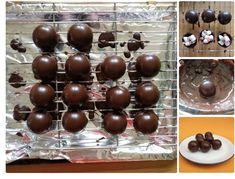 Hot Chocolate Gifts, Chocolate Bomb, Chocolate Spoons, Hot Chocolate Bars, Hot Chocolate Recipes, Chocolate Shells, Easy Diy Christmas Gifts, Christmas Candy, Christmas Treats