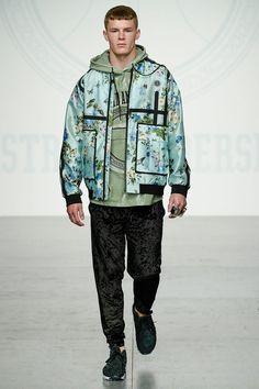 Astrid Andersen London Fashion Week Men's Spring Summer 2018 - Sagaboi - Look 14