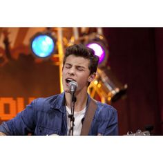 Shawn Mendes performs in-studio ❤ liked on Polyvore featuring shawn mendes, magcon and famous people