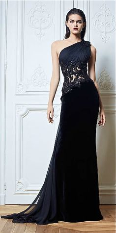 One shoulder adds sexiness to any evening gown. Zuhair Murad - 2013/2014