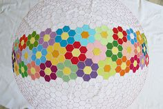 It's flat! Modern grandmothers flower garden applique quilt pattern
