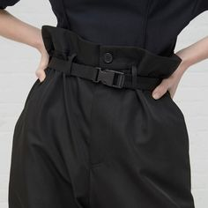 Trousers by online now Fashion Tag, Fashion Details, Boy Fashion, Fashion Brands, Style Noir, 49er, Minimalist Fashion, Minimalist Style, Dressmaking