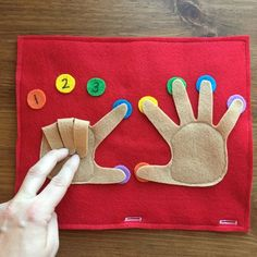 Finger Counting Page Toddler Quiet Book Busy Bag Travel image 5 Toddler Learning Activities, Educational Activities, Preschool Activities, Baby Quiet Book, Felt Quiet Books, Quiet Book Patterns, Toddler Books, Busy Bags, Montessori Toys