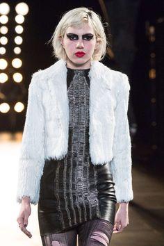 Saint Laurent Automne/Hiver 2015, Womenswear - Défilés (#21243)