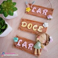 Polymer Clay Dolls, Polymer Clay Crafts, Diy Clay, Diy And Crafts, Crafts For Kids, Paper Crafts, Bear Felt, Felt Wreath, Hand Lettering Fonts
