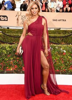 Laverne Cox no red carpet do SAG Awards 2016