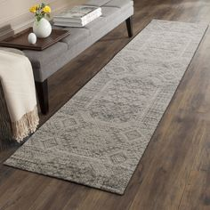 Channel Moroccan style in your hallway with the exotic pattern across the Valiente Oriental Runner Rug, Bone/Navy from Rug Culture. Modern Runner, Carpet Runner, Diy Carpet, Transitional Rugs, Rugs, Hall Rugs, Carpet Decor, Rug Runner Hallway, Oriental Runner Rug