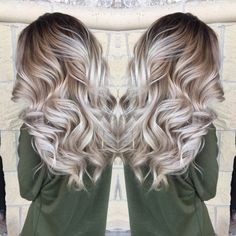Are you looking for hair color blonde balayage and brown for fall winter and summer? See our collection full of hair color blonde balayage and brown and get inspired! Cabelo Ombre Hair, Balayage Hair, Balyage Short Hair, Hair Color And Cut, Ombre Hair Color, Hair Colors, Bayalage Color, Baylage, Hair Cut Long