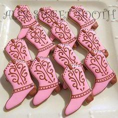 cowboy boot cookies | pink cowboy boots cookies